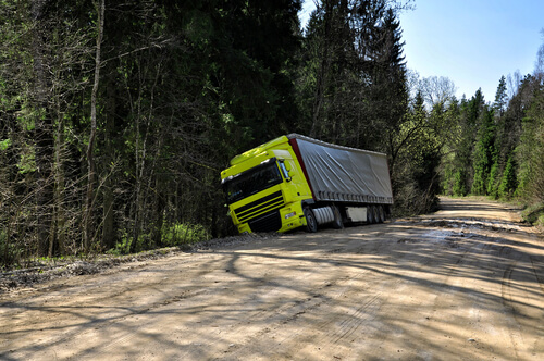 Waldorf Truck Accident Lawyer | Trollinger Law LLC